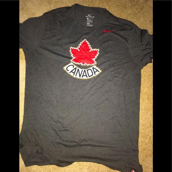 Canada Nike Shirt comfort fit XXL